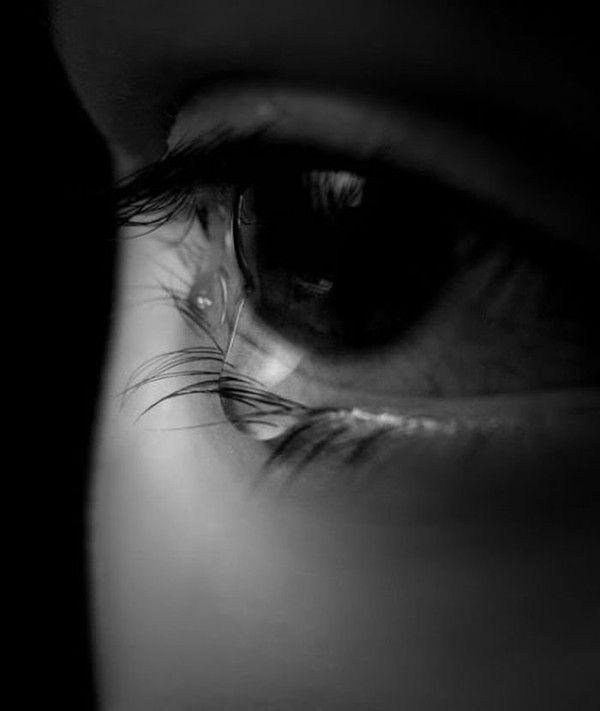 """Fille Qui Pleure il pleure dans mon coeur"""" paul verlaine - une fille qui pleure"""